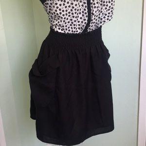 Black Flowy H&M Skirt